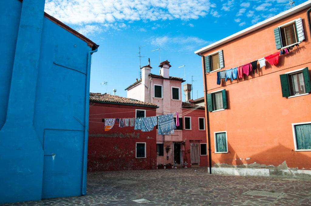 Na Burano nawet pranie jest bardzo kolorowe